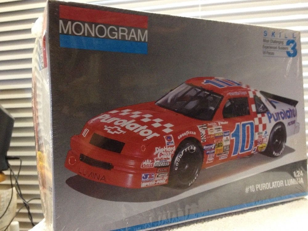 Monogram Derrick Cope Purolator #10 Lumina NASCAR 1/24th Model Kit Sealed 1991 #Monogram