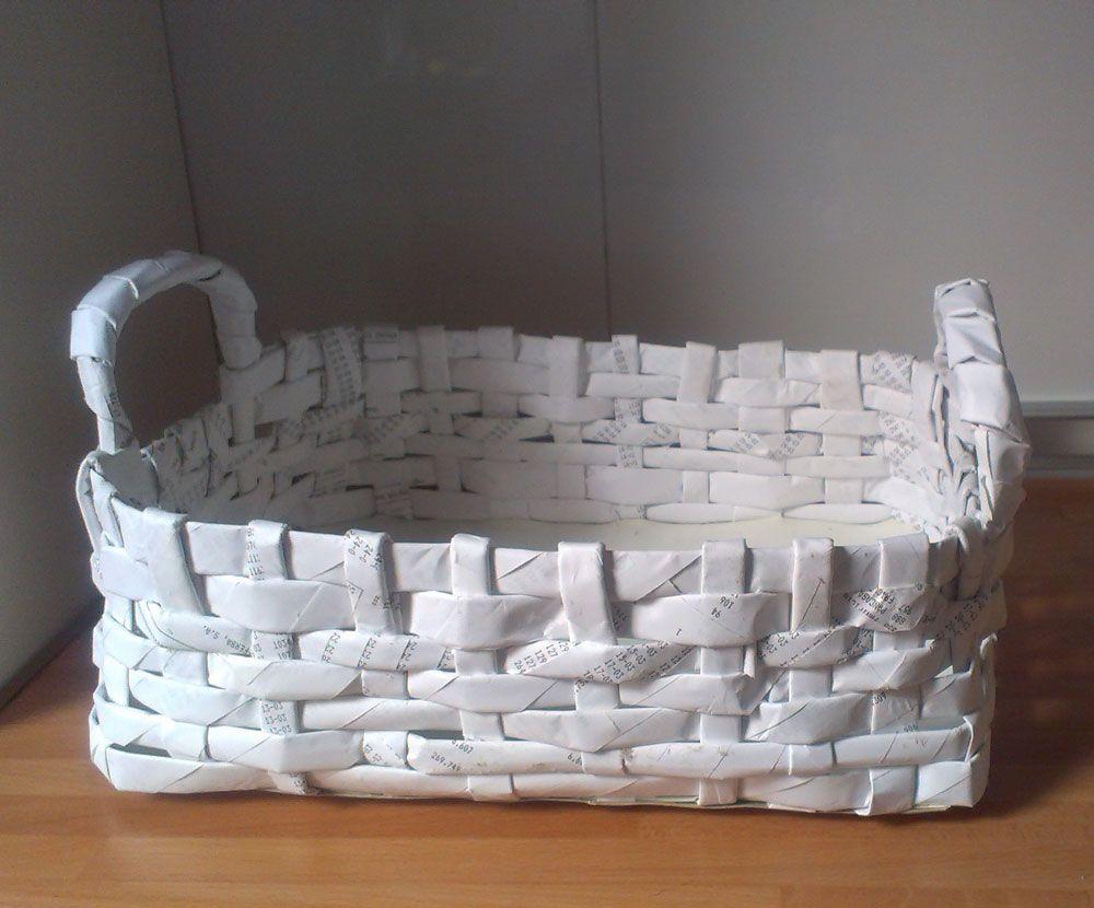 Cesta hecha con papel cester a sobres - Cesta de papel de periodico ...