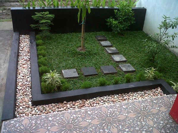 Garden, Beautiful Minimalist Garden Design On Small Space With White ...
