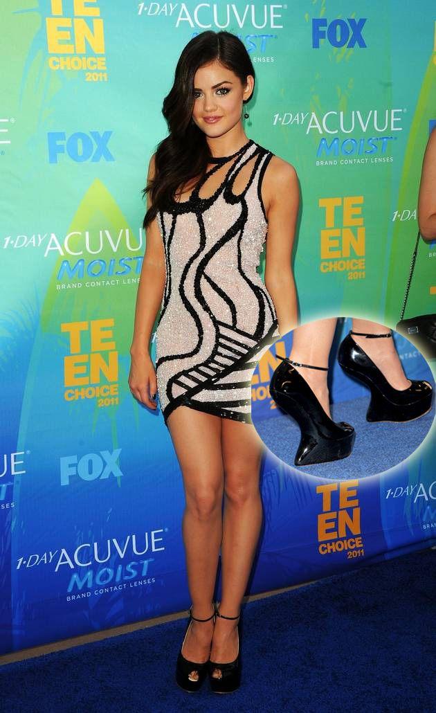 Lucy Hale: Heel less Platforms at Teen Choice Awards!: Photo