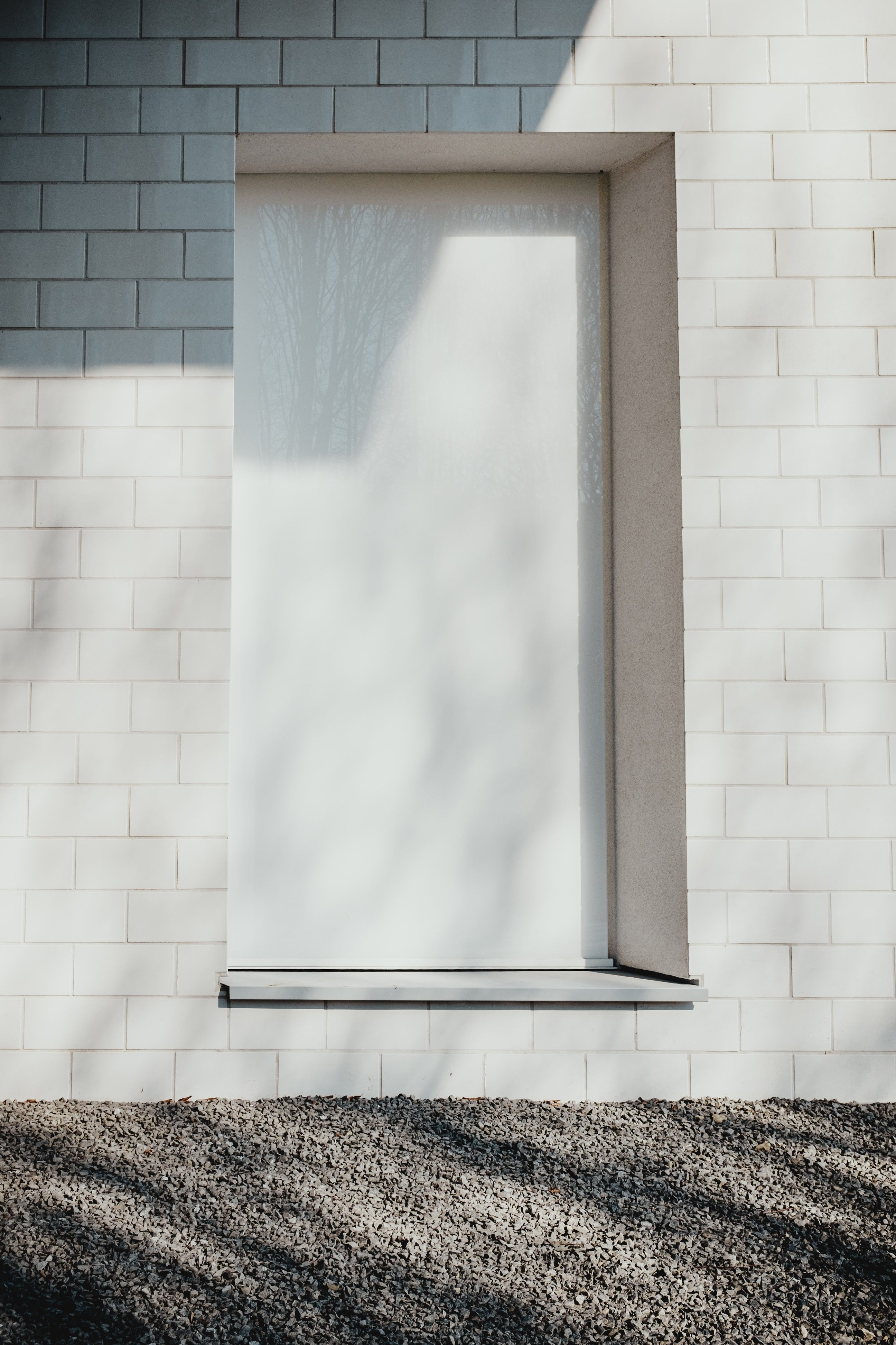 White Brick Pictures Download Free Images On Unsplash Brick Images White Wall Paint White Brick