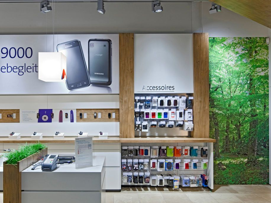 Vitra Invisible 3 System For Swisscom In Switzerland Store Layout Shop Interior Shop Interiors