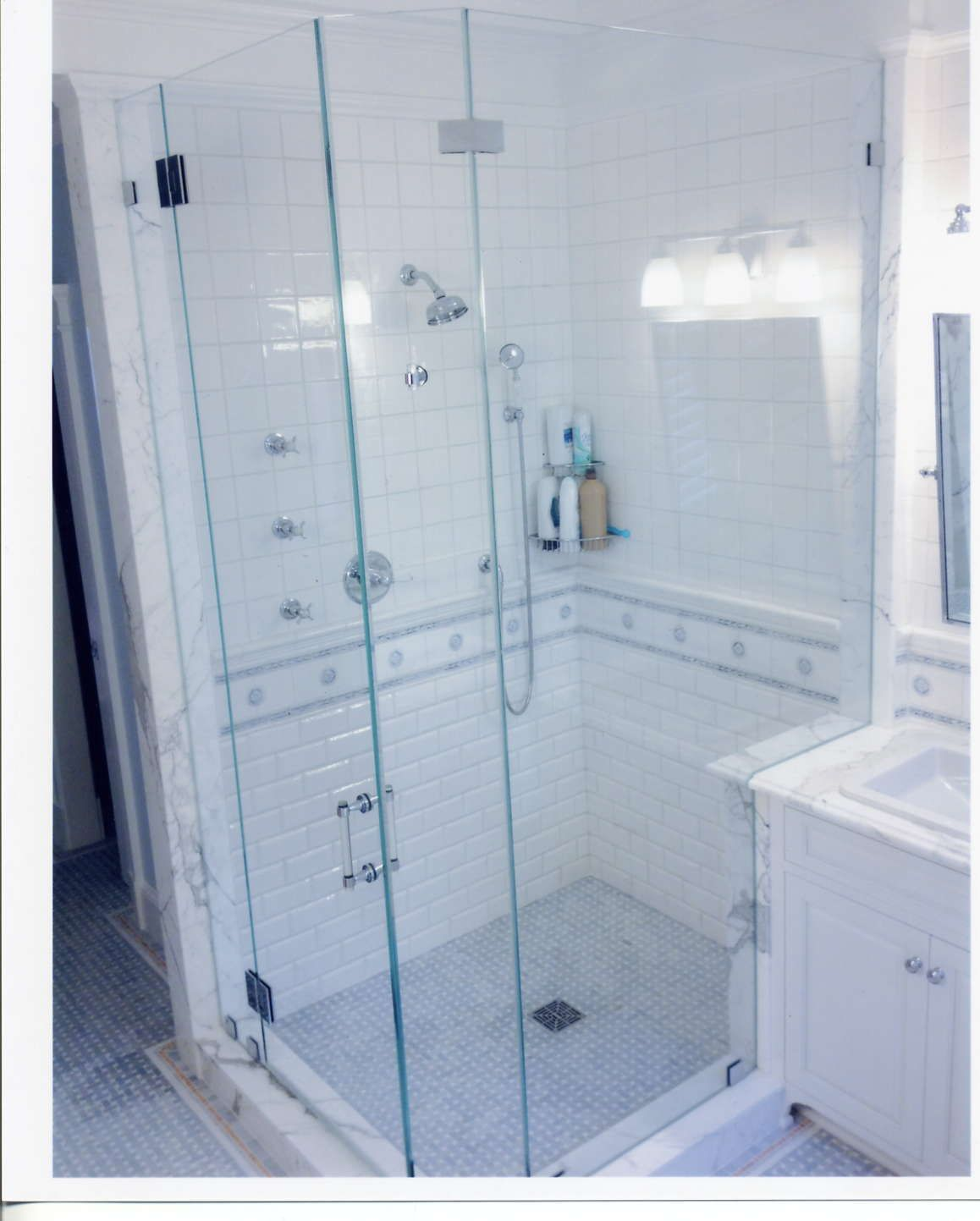 Installation of a glass box #shower such as the one appearing in ...