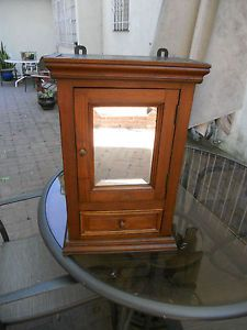 1800 S Antique Pine Medicine Chest Cabinet Bathroom Cupboard W Beveled Mirror Beveled Mirror Bathroom Cupboards Medicine Chest