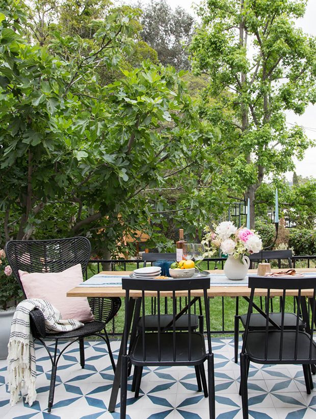 Get Patio Makeover Inspiration From Stylist Emily Henderson