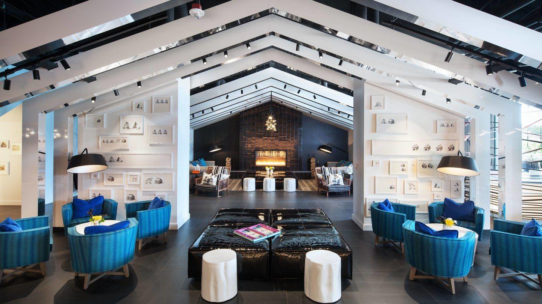 Beautiful Setting Bellevue S W Hotel Living Room Seattle Hotels Best Hotels In Seattle Hotels Design
