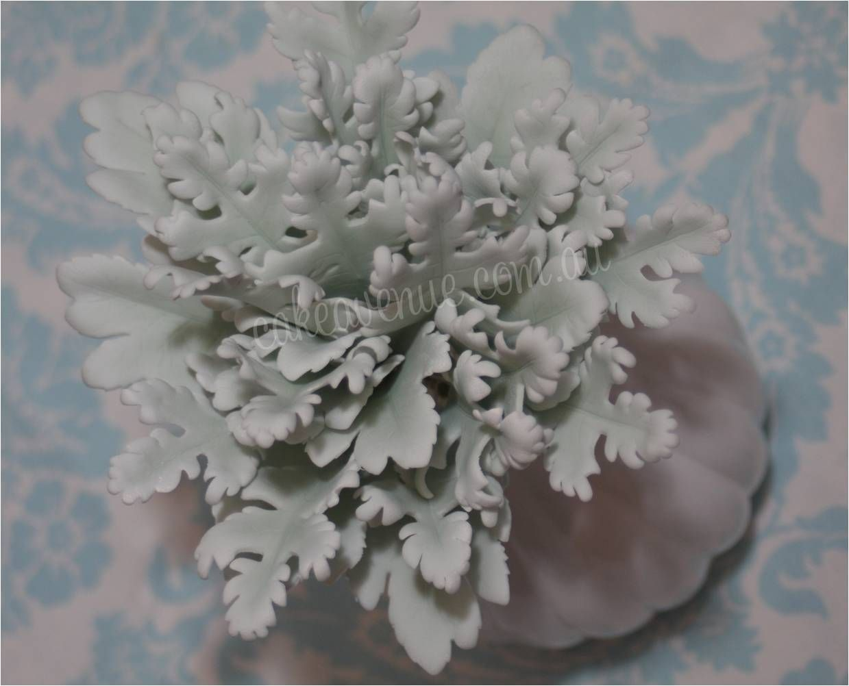 Gumpaste Dusty Miller Leaves Gumpaste Flowers Pinterest Sugar