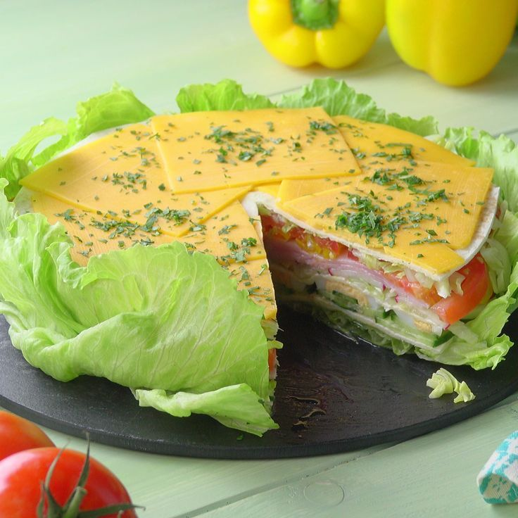 Salad pie-     Healthy eye-catcher: the salad cake.