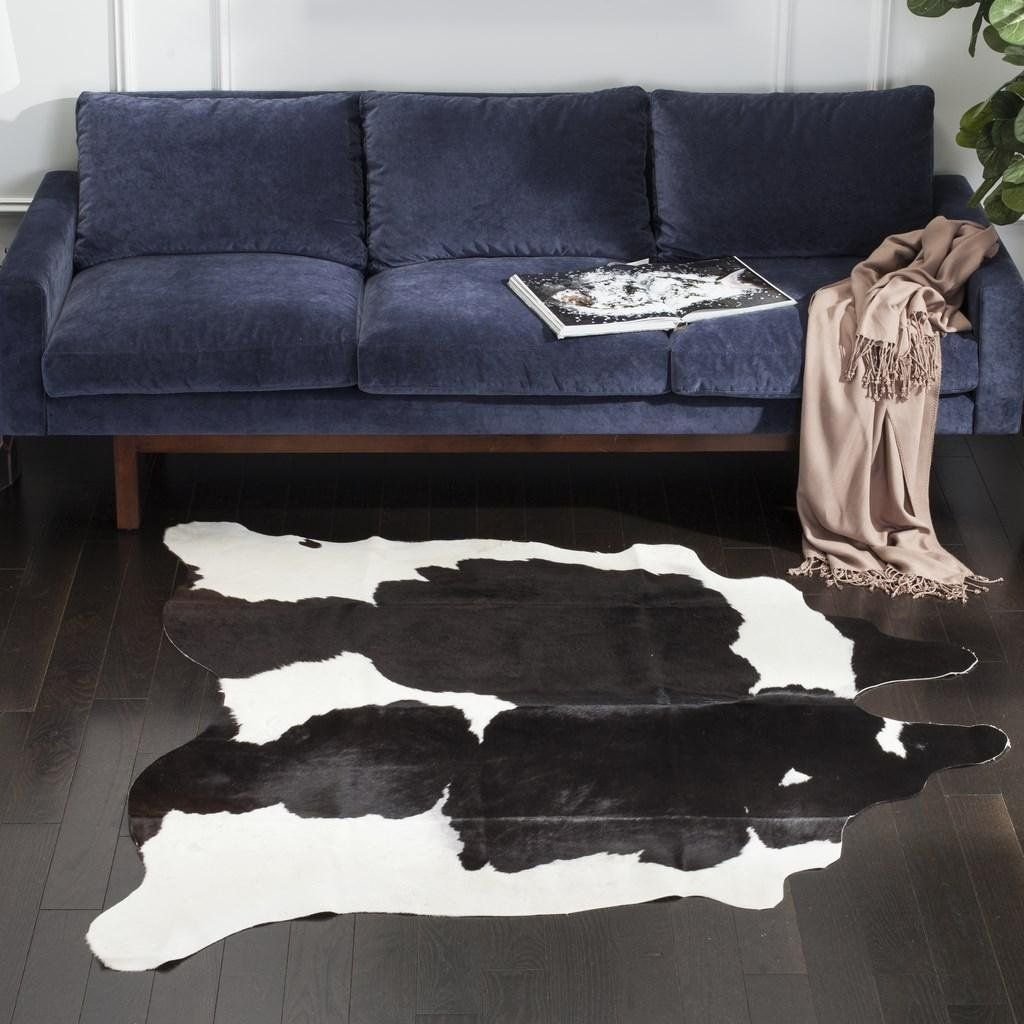 Safavieh S Gaudno Cowhide Rugs Offer Exceptional Decorator Equality And High End Style Superior Quality Genuine Cow Cowhide Leather Rug Leather Rug Animal Rug