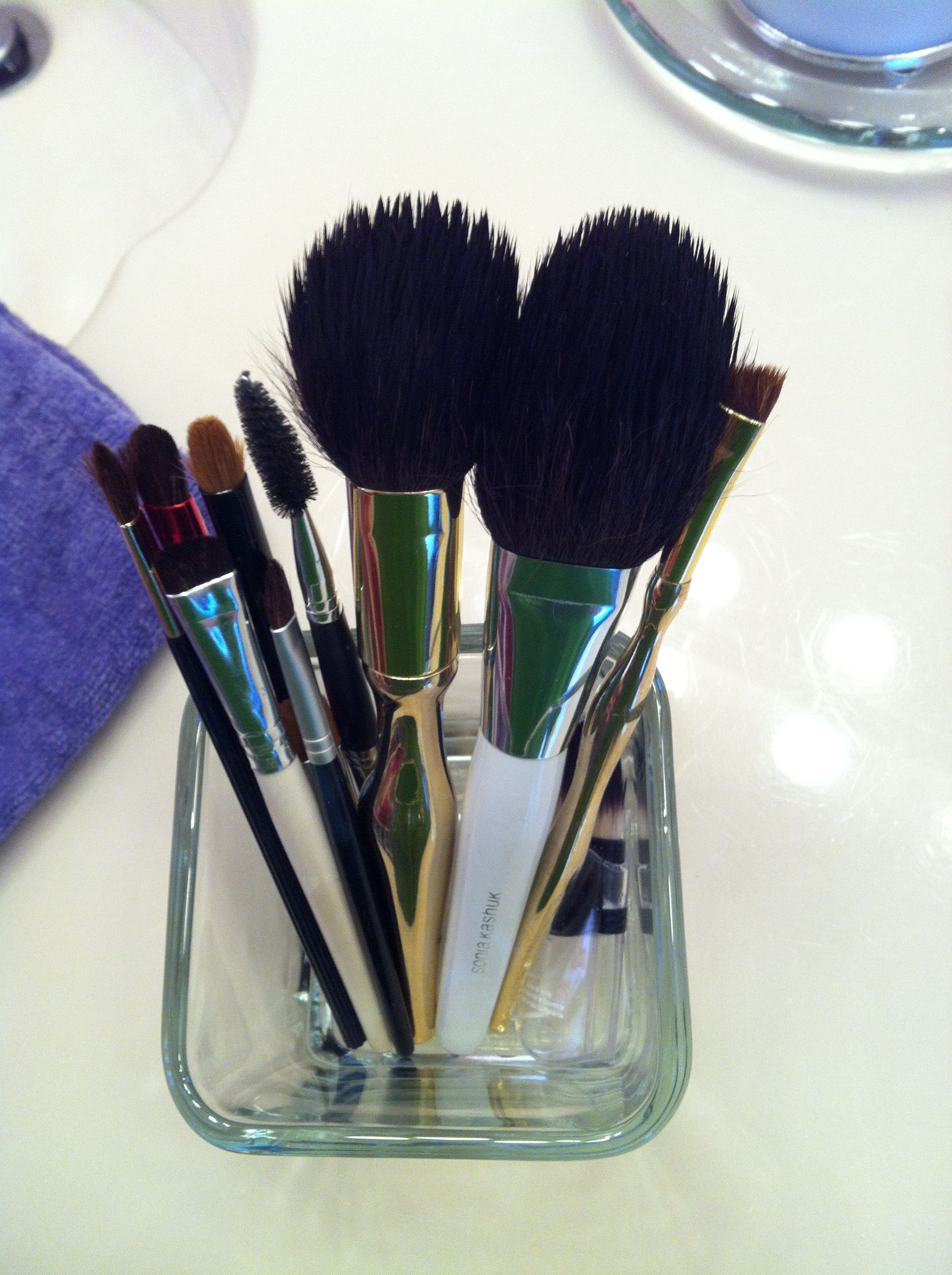 """I tried a """"pin"""" for cleaning makeup brushes and then I"""