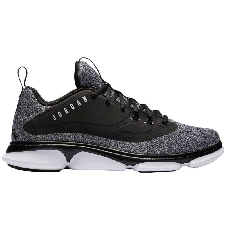 best service f0702 dfc55 Jordan Men s Impact TR Training Shoes, Black