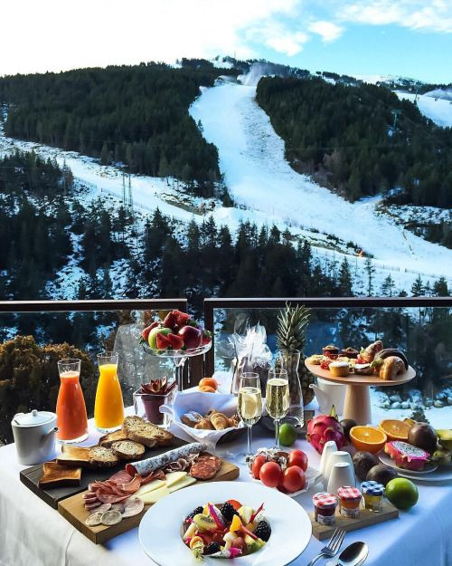 Breakfast Beautiful Hotels Brunch Travel