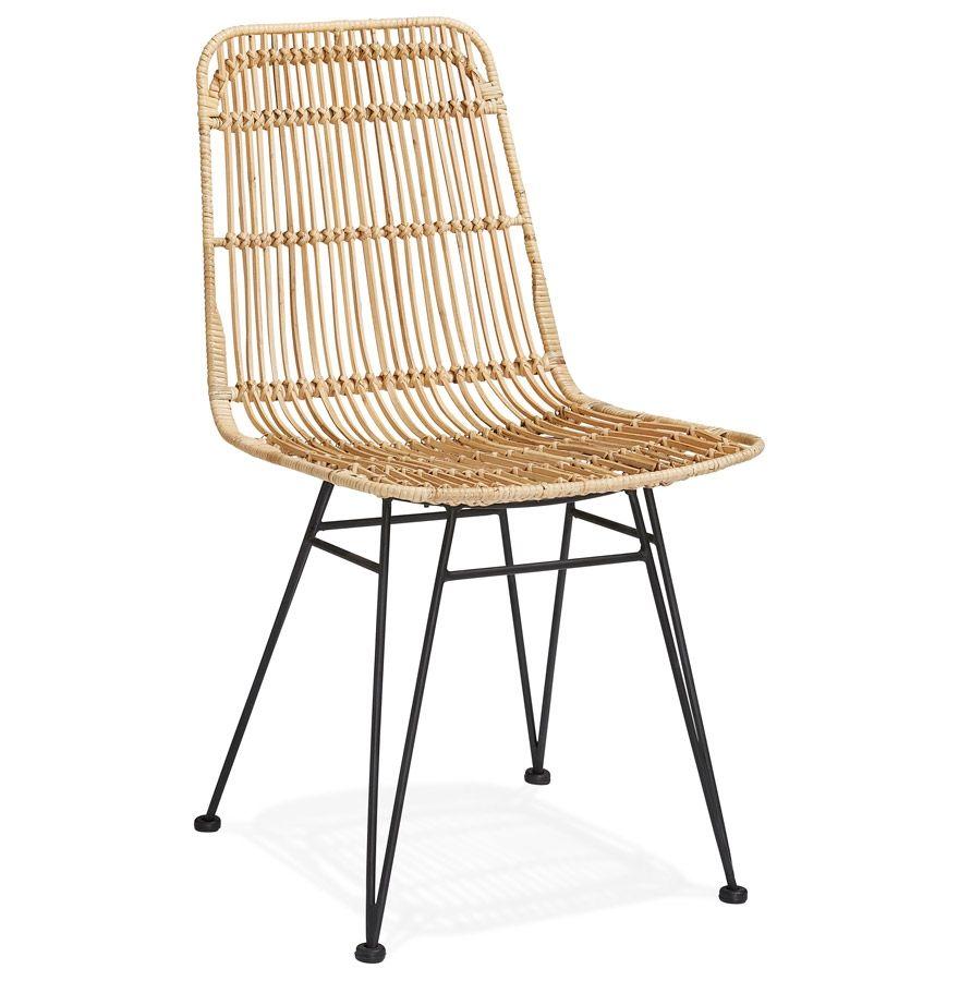 Chaise Design En Rotin Munie D Une Structure En Metal Noir
