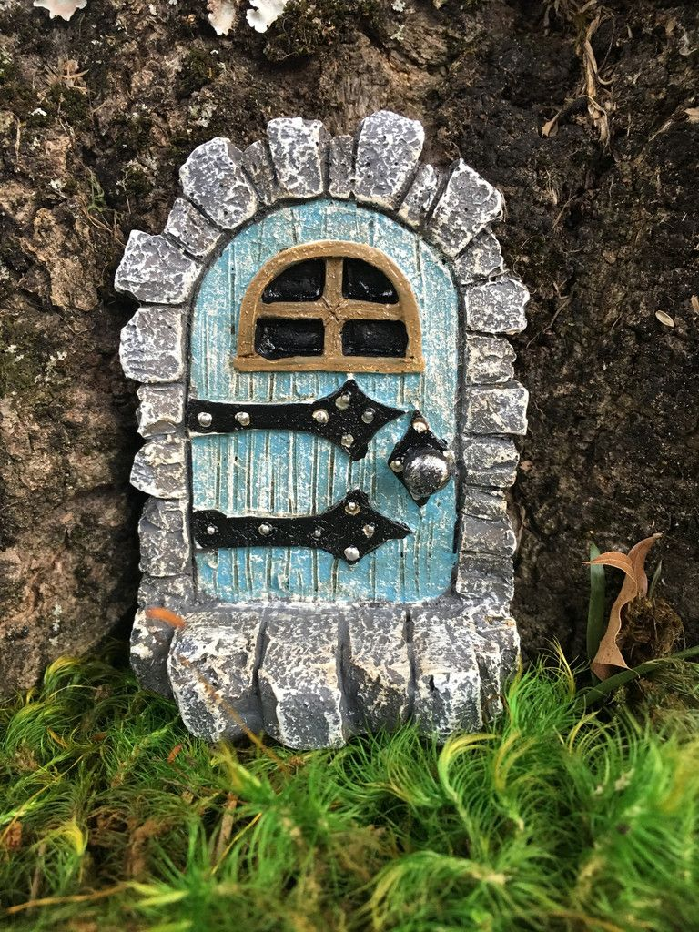 Door stone door for fairy or gnome gnomes and doors for Gnome doors for trees