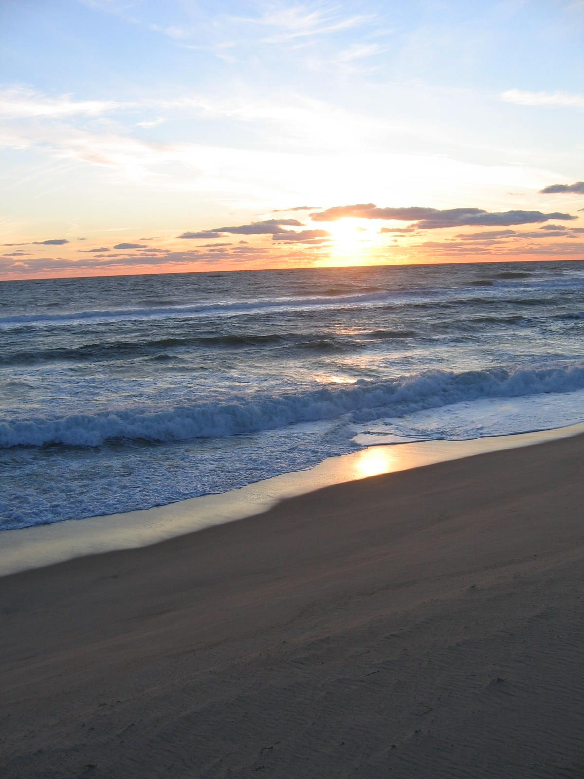 Cisco Beach - Nantucket's pristine beaches draw people ...