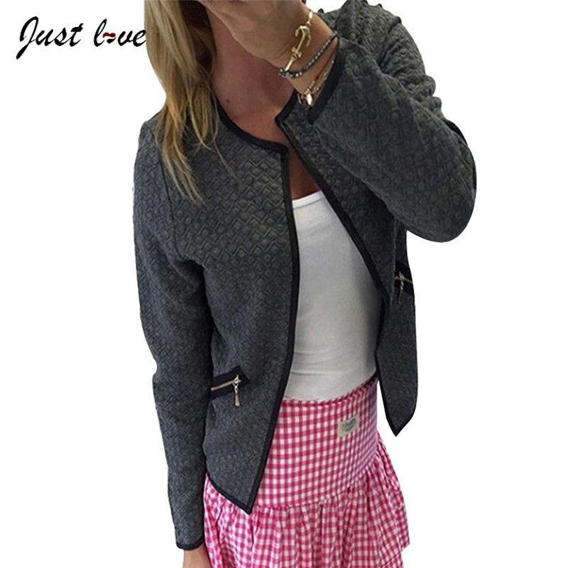 Pas cher 2017 Femme Manteaux Noir Blanc Plus La Taille Printemps Automne  Plaid Femmes Mince Manteaux Vestes Courtes Casual Slim Blazers Costume  Cardigans, ... 31aa6d3b6dd3