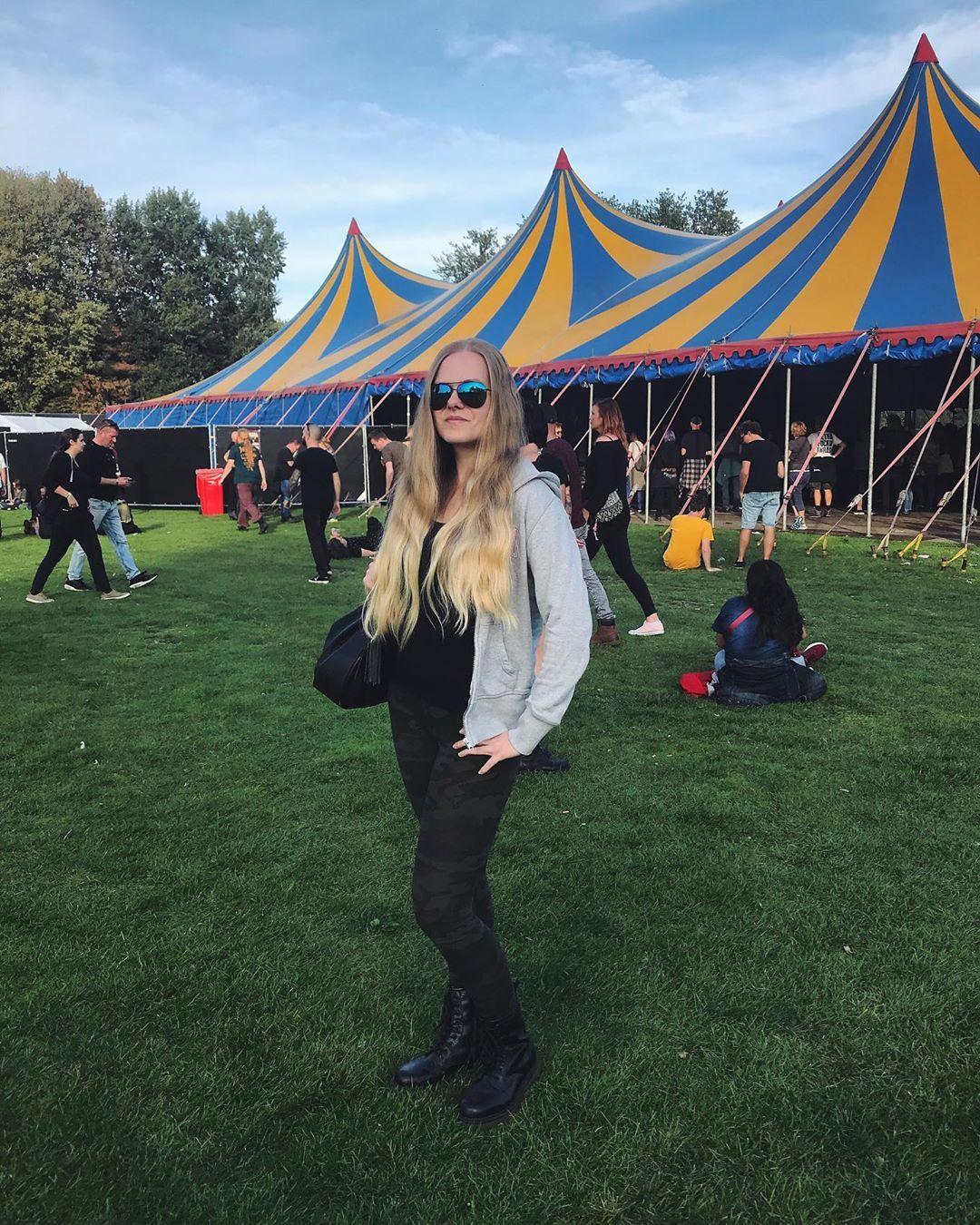 Baroeg Open Air 😎 #festival #festivaloutfit #weekendvibes #fitness #beastmode #eatsleeptrainrepeat...