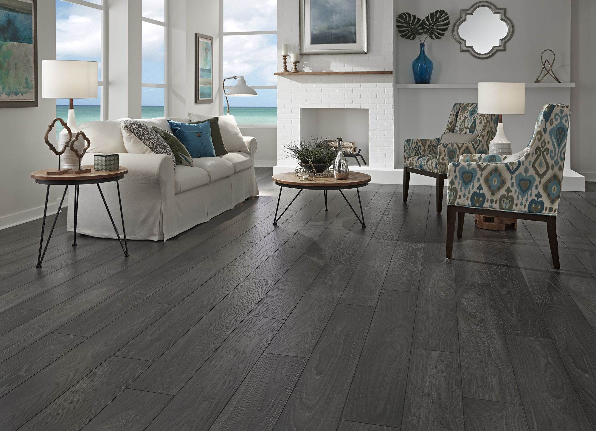 Charming Wirebrushed Carbon Oak   A Dream Home Laminate