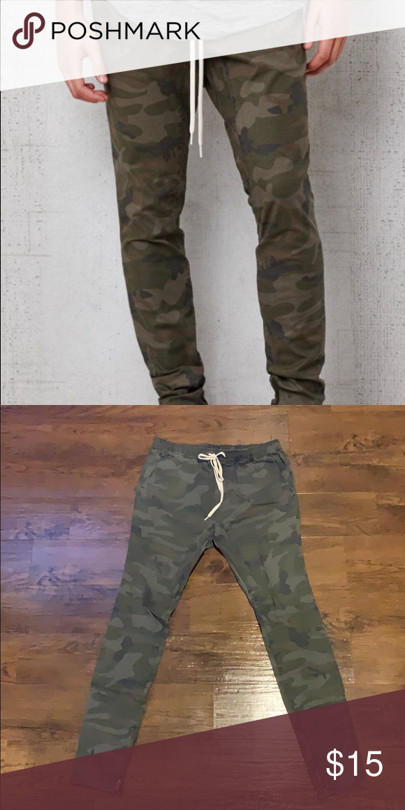 e052f5c85 Camo Joggers Skinny style medium Camo Joggers 98% Cotton 2% Spandex Made in  China PacSun Pants Sweatpants & Joggers