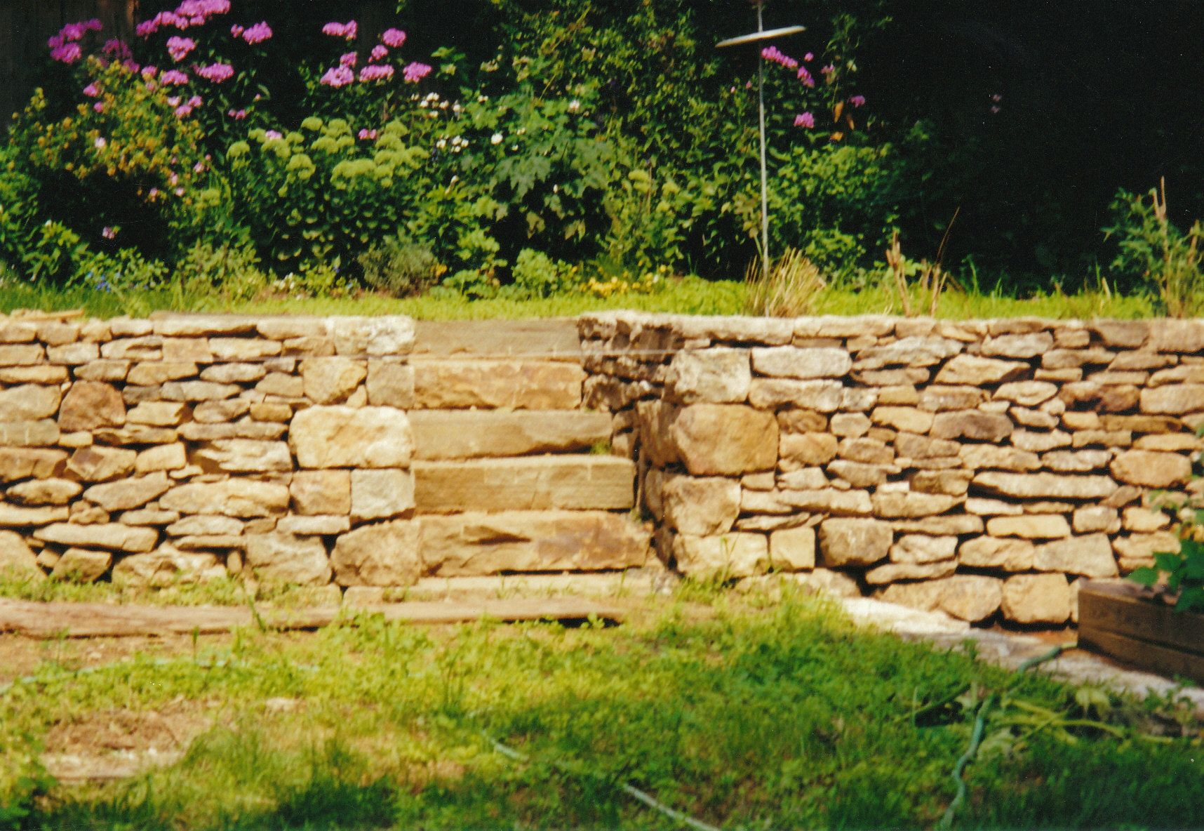 Famous Stone Retaining Wall Ideas Illustration - Wall Art ...