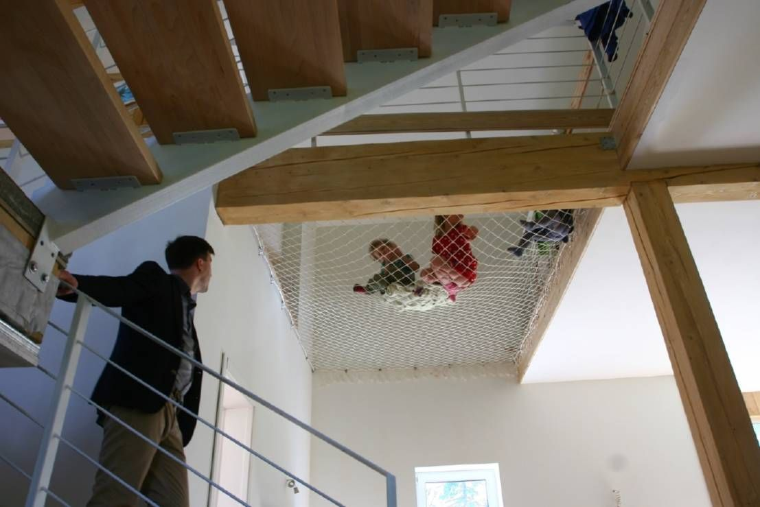 Netz Kinderzimmer haus mit netz und doppeltem boden netz boden und häuschen