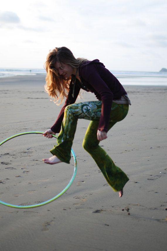 Dancing Green Handmade Batik Yoga Pants by Batikwalla on Etsy, $95.00 #hoops #hooping #dance