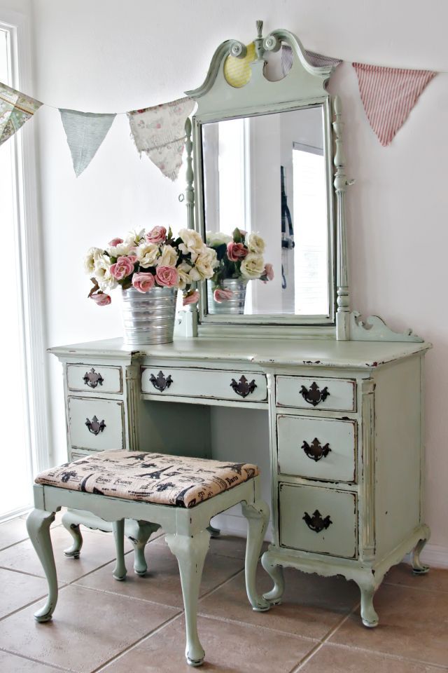 Vintage Farmhouse Cabinet [ Sold ] Charming Antique Chest Of Drawers [ Sold  ] Elegant Antique Shabby Chic Vanity [ Sold ] Vintage Farmhouse Cabinet [  Sold ] ... - Ok. Love This Vanity. Always Wanted One, This Would Be Perf! GF