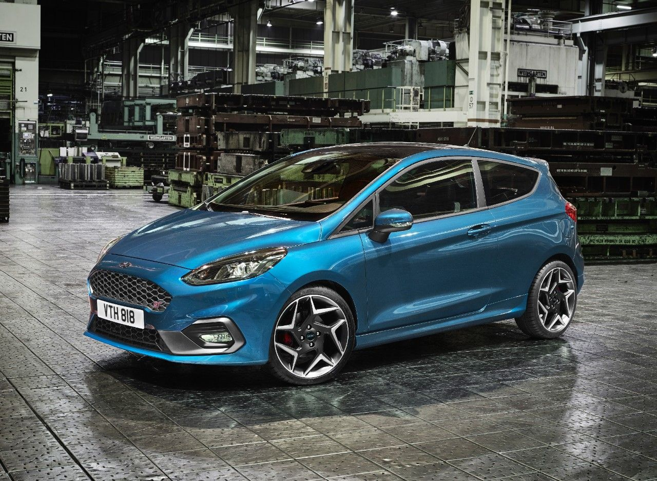 H Epomenh Genia Ford Fiesta St Video Ford Fiesta St Ford Fiesta Fiesta St