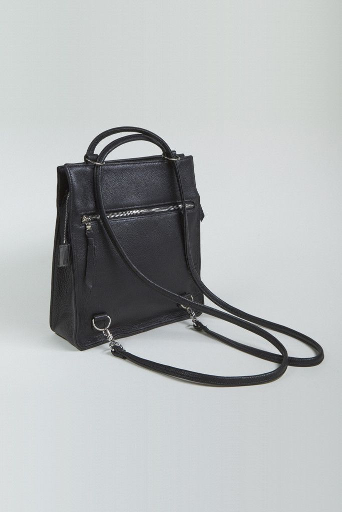 Clyde Leather Best Bag -can be worn as a simple shoulder bag or convert  into a backpack simply by pulling the straps down through the D rings. bfbf082efcfad
