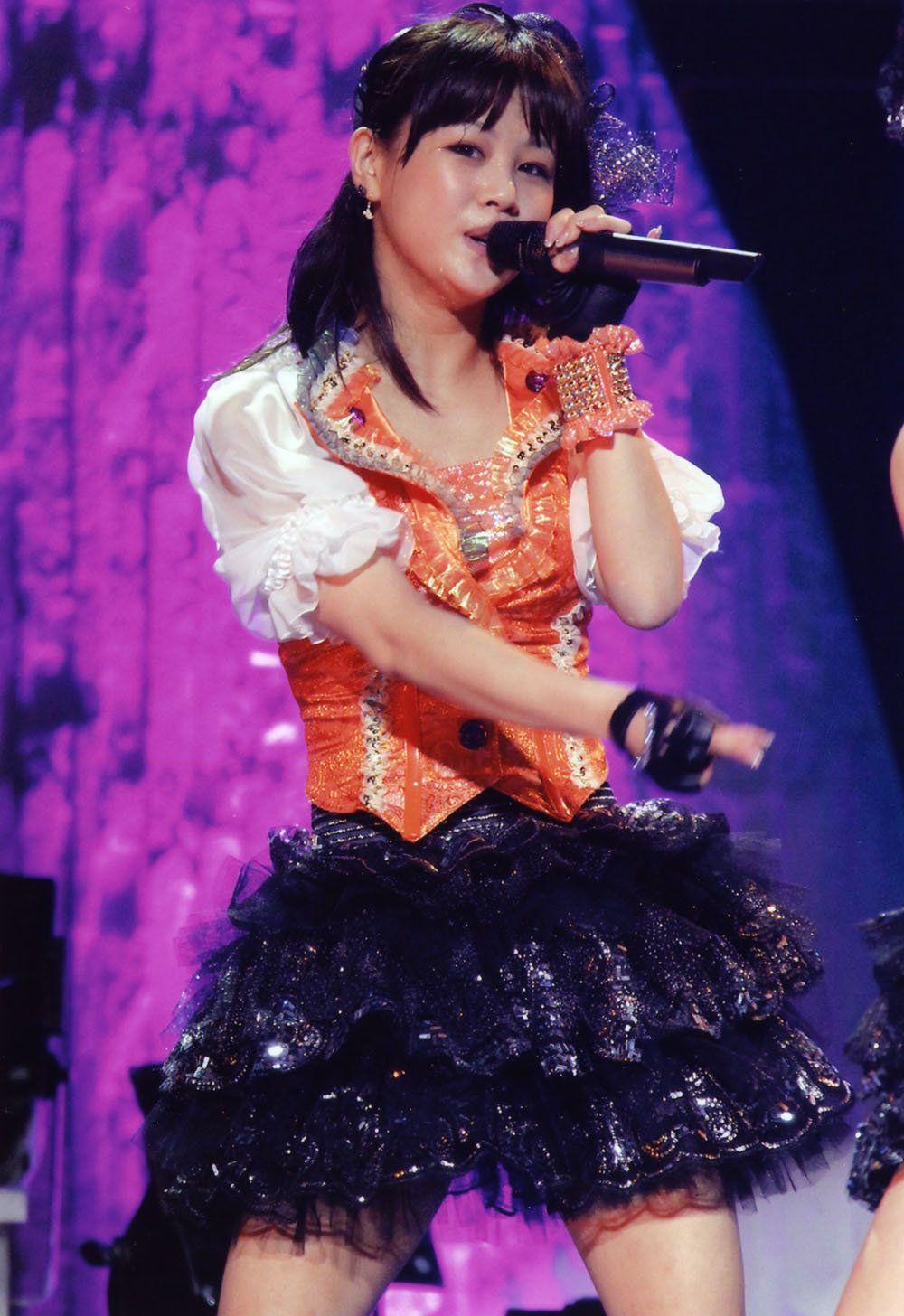 this black skirt (1)