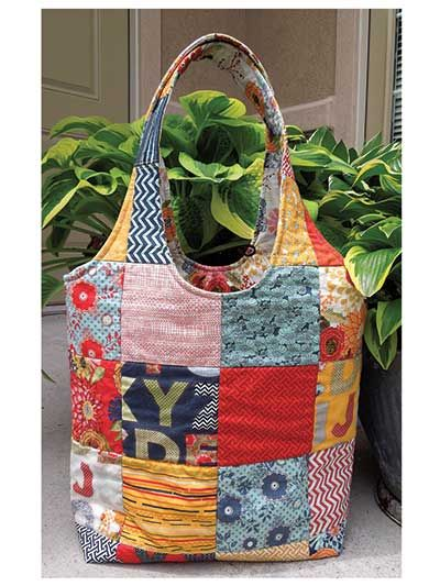 Summer Sac Sewing Pattern. But it wouldn't be difficult to draft. For that old quilt. Lining and some kind of stiffener=reversible.