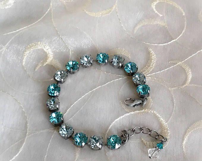Swarovski Crystal Elements 8mm Bracelet - Calm Ocean in an Antique Silver Setting