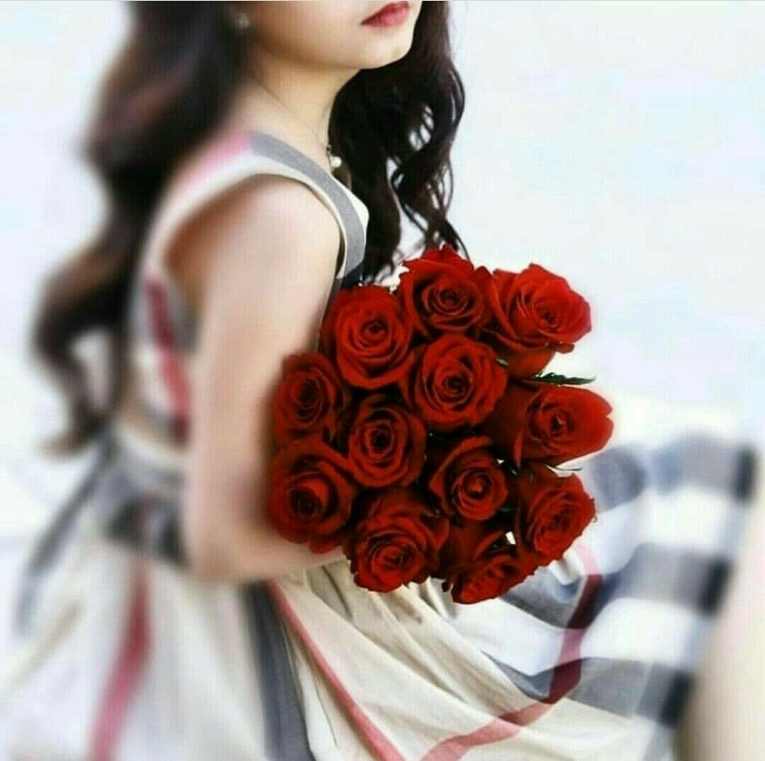 Pin by Fatimaikhlaq on Red Roses in 2020 Girls with