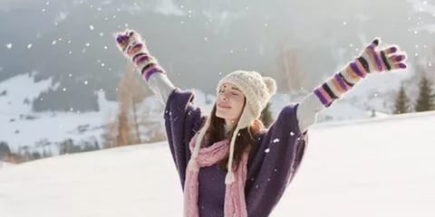 красивые картинки зима снег девушка любуется: 25 тыс изображений найдено в Яндекс.Картинках