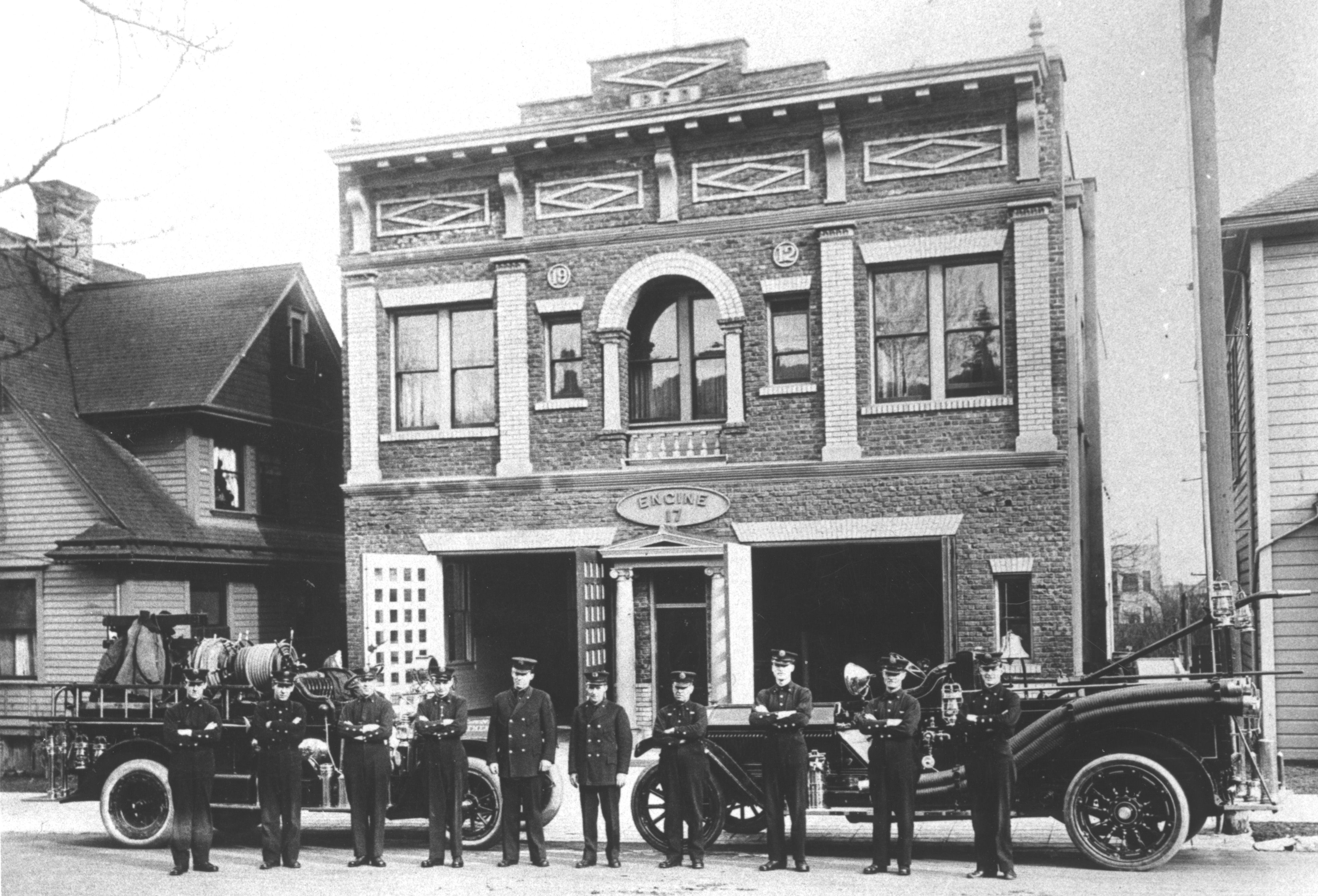 Portland Oregon Station 17 Built In1913 At 824 Nw 24th