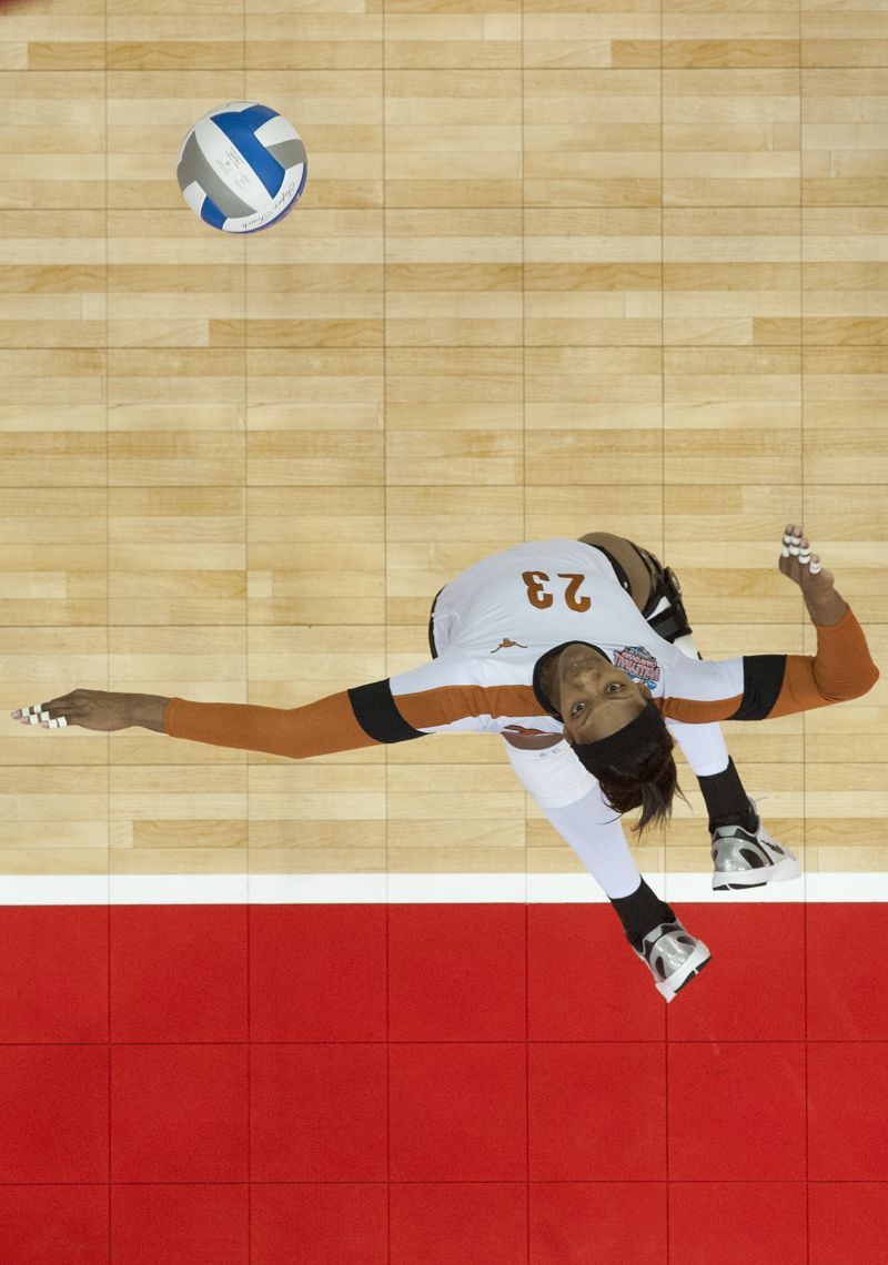 The Official Website Of The University Of Texas Athletics Volleyball Photography Volleyball Pictures Volleyball Photos
