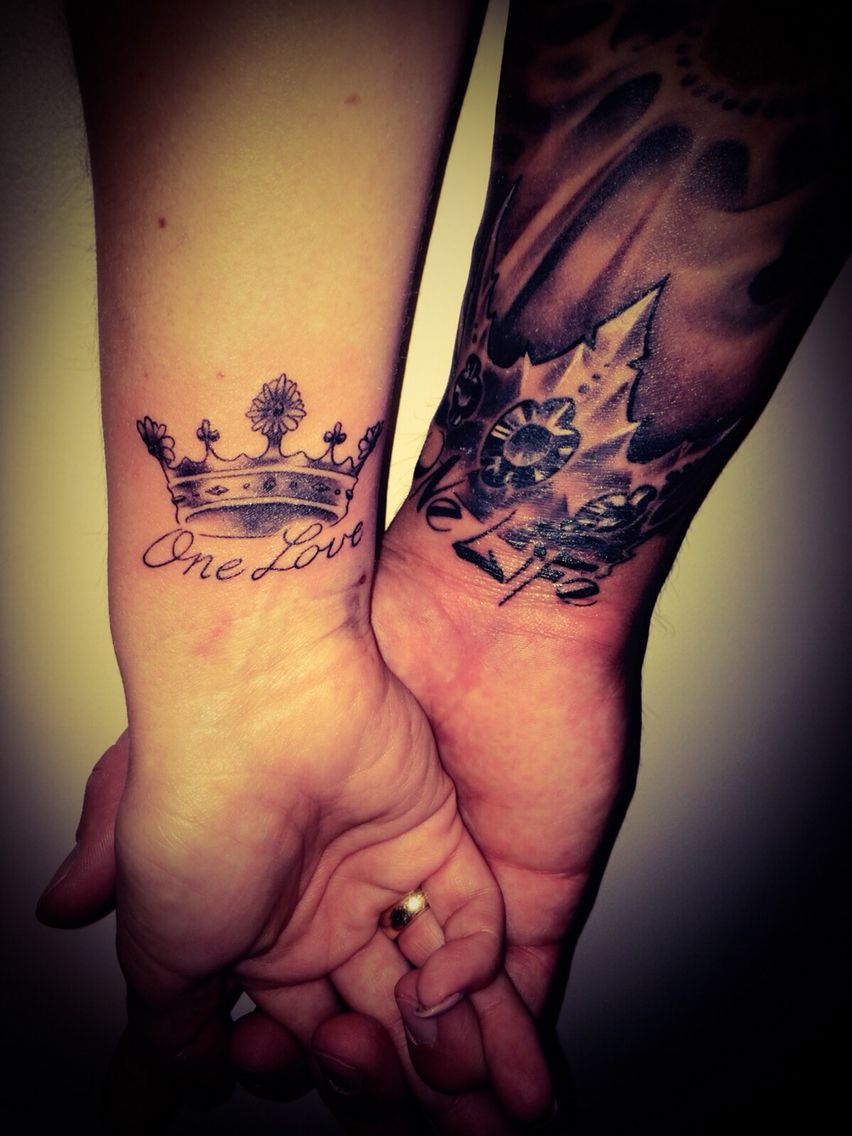 partnertattoo crown tattoo krone crown tattoo. Black Bedroom Furniture Sets. Home Design Ideas