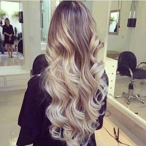 tie and dye blonde coiffure pinterest chevelure fille couleur cheveux et cheveux. Black Bedroom Furniture Sets. Home Design Ideas