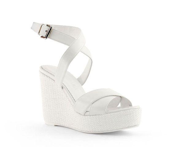 Cuñas para novias, comodidad en clave chic #boda #cuñas #zapatos | 1 ...