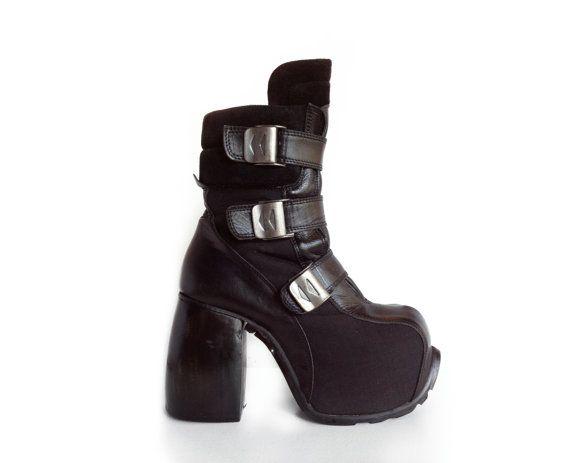 5e268e831094 90 s Cyber Goth Luichiny Avant Garde Platform Boots by FeelingVagueVintage