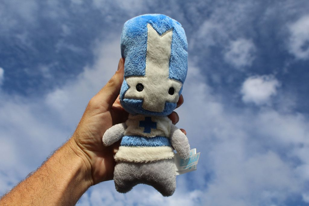 Feeling Blue Castlecrashers Plush Now Available In Our Online Store Http Store Thebehemoth Com Collections Cool S Castle Crashers Red Knight Orange Knight
