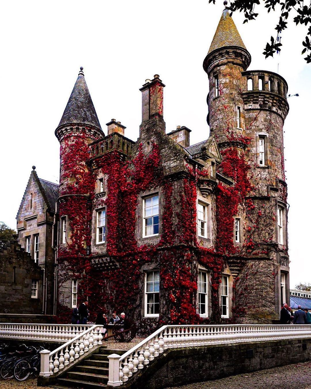 Castles Of Scotland On Instagram Carlowrie Castle Was Built In 1852 For Thomas Hutchison A Wine Merchant And In 2020 Victorian Castle Turret House Best Of Scotland