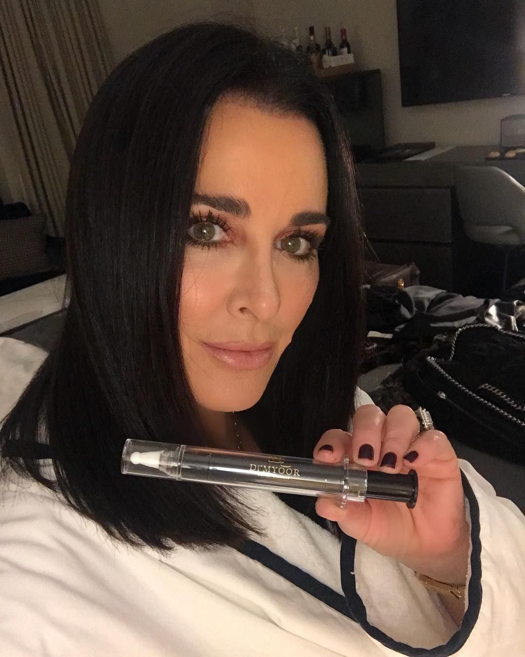 Real Housewives Kyle Richards Gets Short Hair Cut Photos