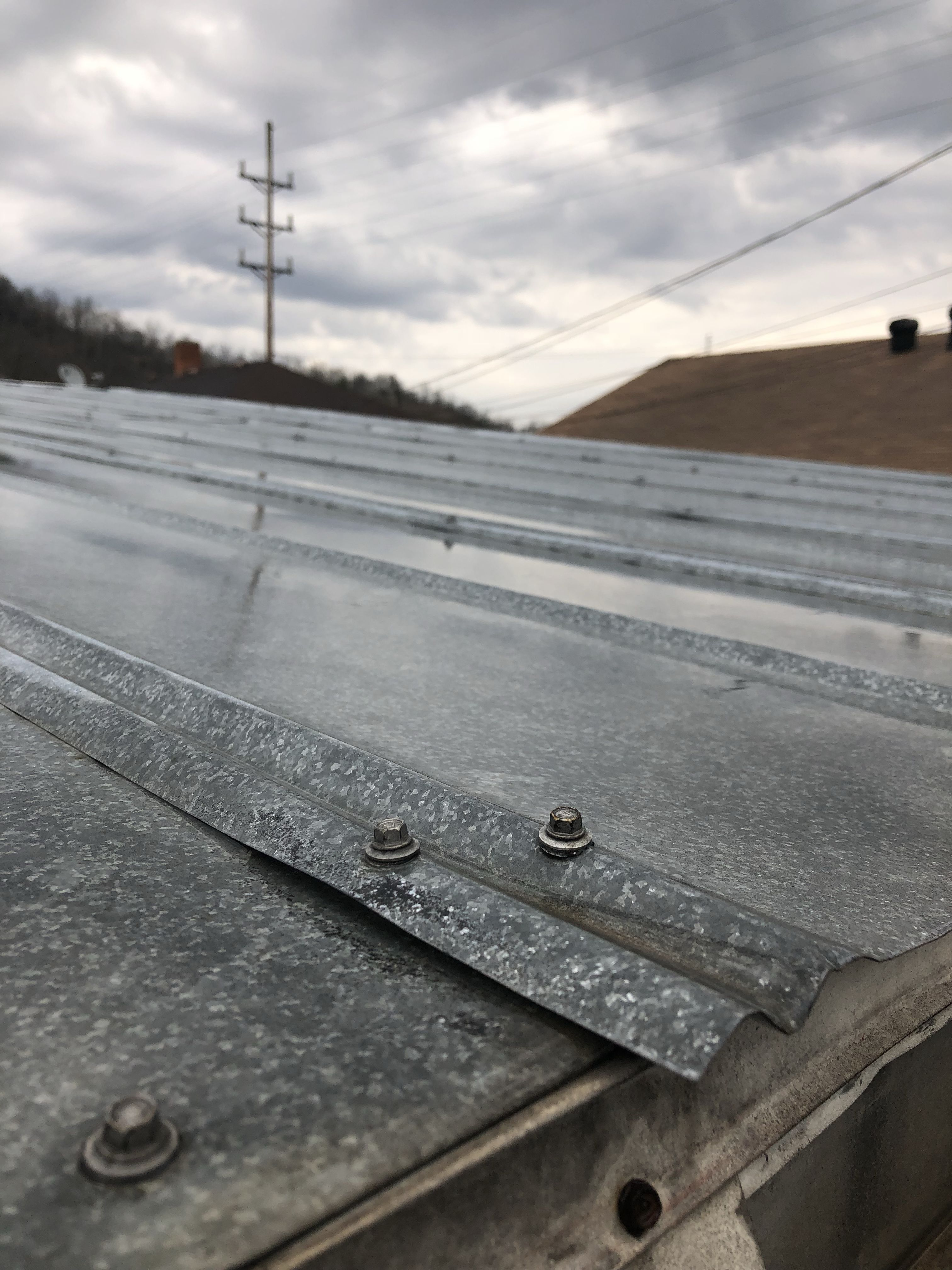 Does Your Metal Roof Leak Most Of The Cause Is Due To Inferior Fasteners Installed By Your Contractor The Ones Pictu Metal Roof Leaks Metal Roof Leaking Roof
