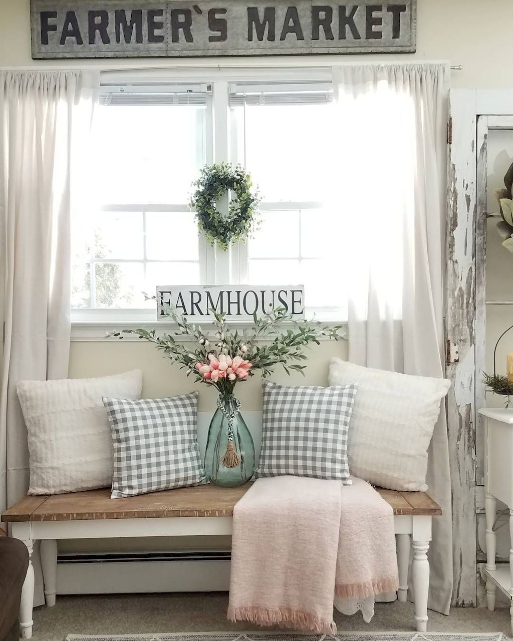 Cool 95 Modern Farmhouse Curtains For Living Room Decorating Ideas Https Moodeco Rustic Chic Living Room Farmhouse Decor Living Room Spring Living Room Decor