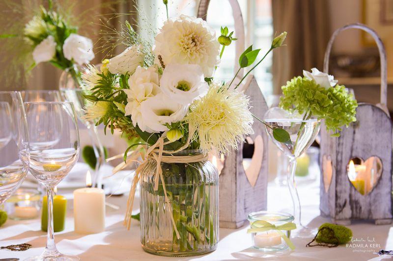 hochzeitsdeko landhaus111  Hochzeit  Tischdeko hochzeit