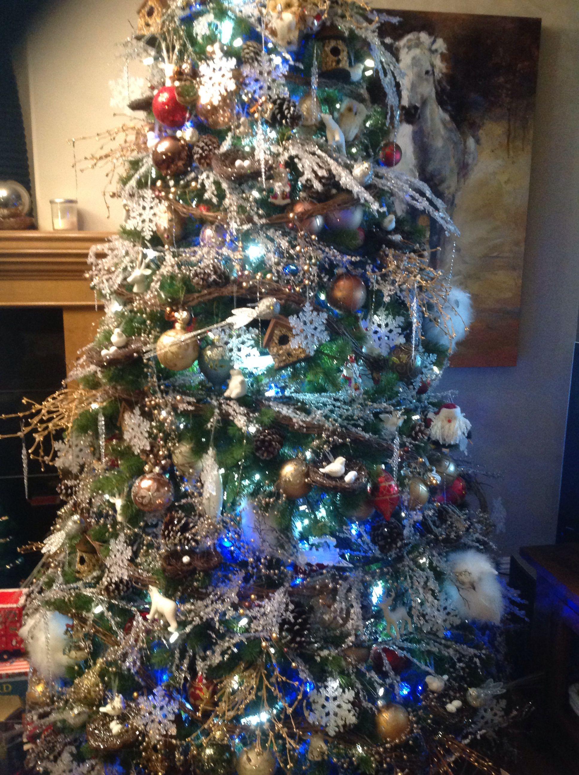 Christmas tree birds owls snow flakes Christmas trees
