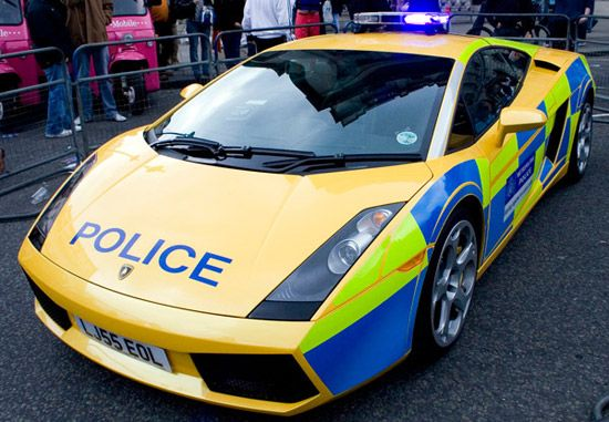 Pin By Crown North America On Police Vehicles Of The World British