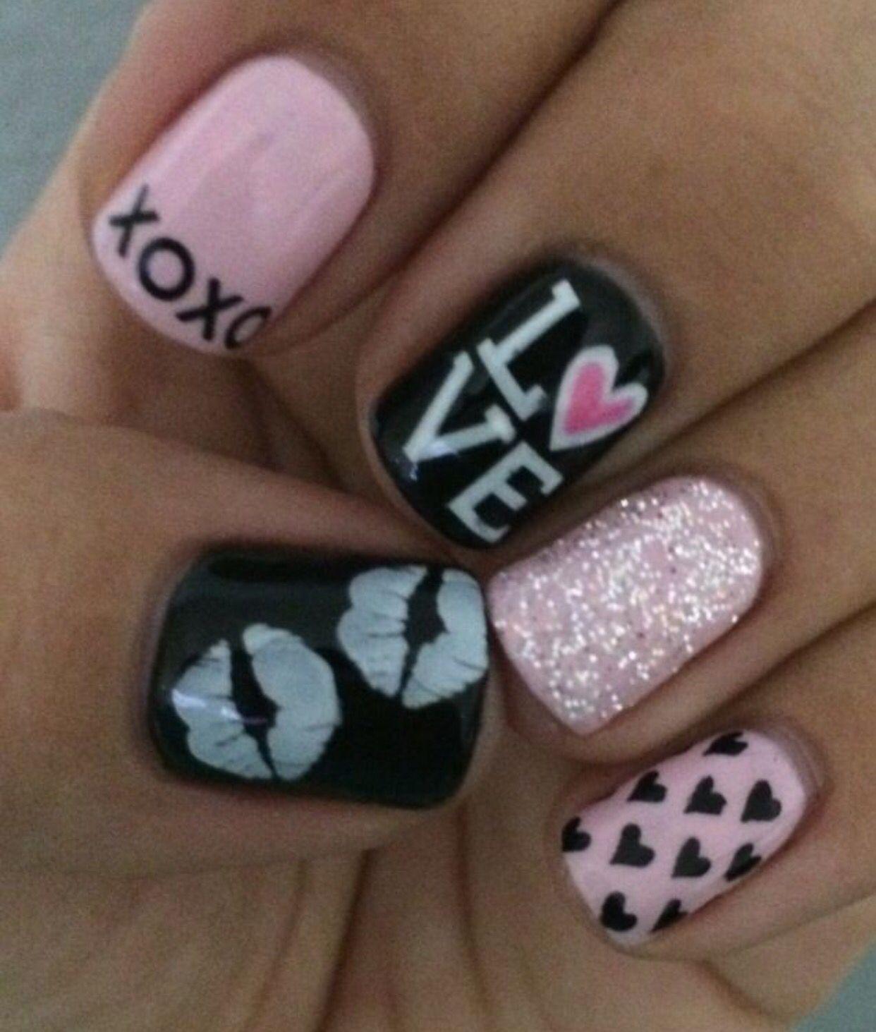 Valentine\'s Day nail art design | Love nail designs | Valentine\'s ...