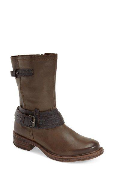OTBT 'Caswell' Boot (Women)